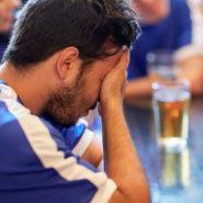 »Ne gre za male športne klube, niti ne za pivo ali dve … Na velika vrata pred TV kamere vstopa alkoholna industrija!«