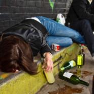 Varnejše in bolj zdravo nočno življenje mladih postaja vse pomembnejša prednostna naloga